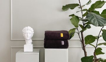 4 easy ways to fold and hang your towels